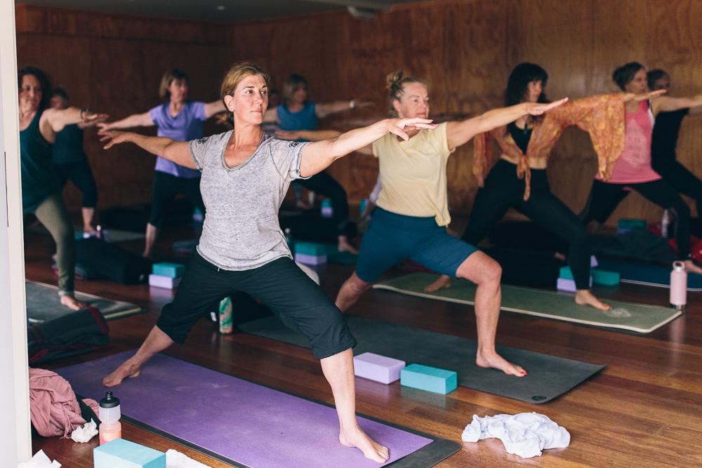 yoga-back-hero